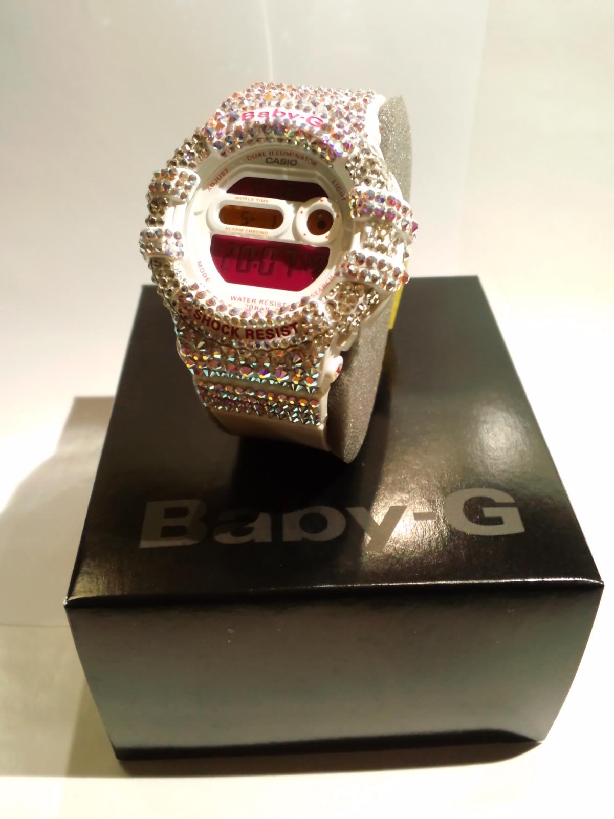 スワロ時計<br> 『Baby-G ホワイト 腕時計』 の画像